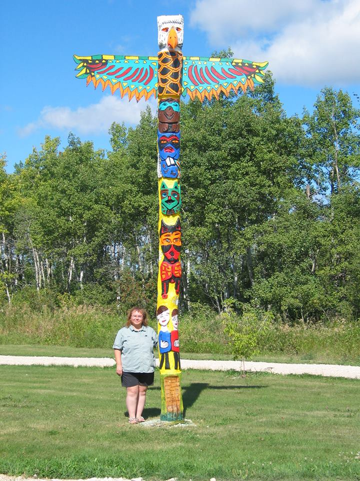 Mindy Sinclair with Totem Pole